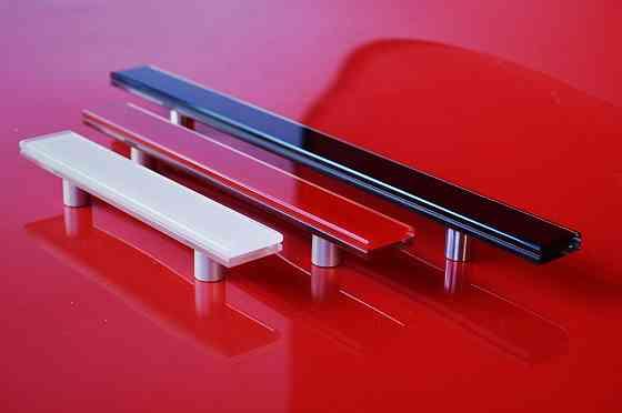 Стеклянные цветные ручки для фасадов и мебели Одесса